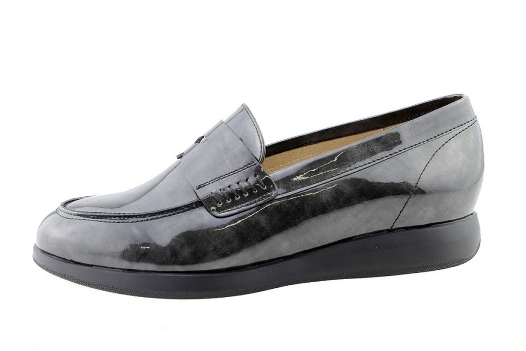 Moccasin Grey Patent 175634