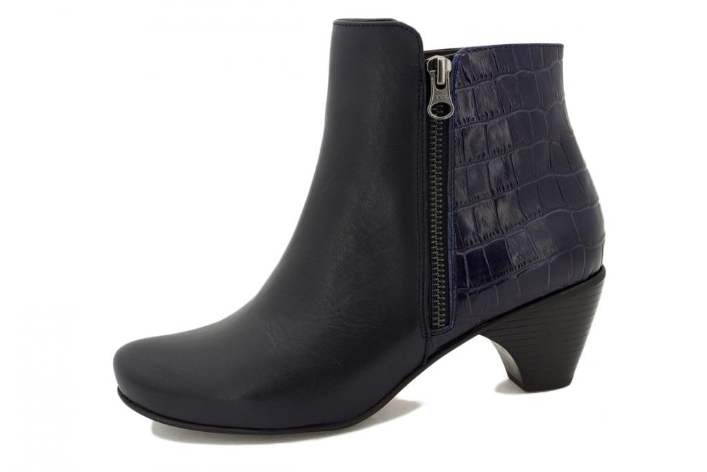 Ankle boot Blue Leather 195415