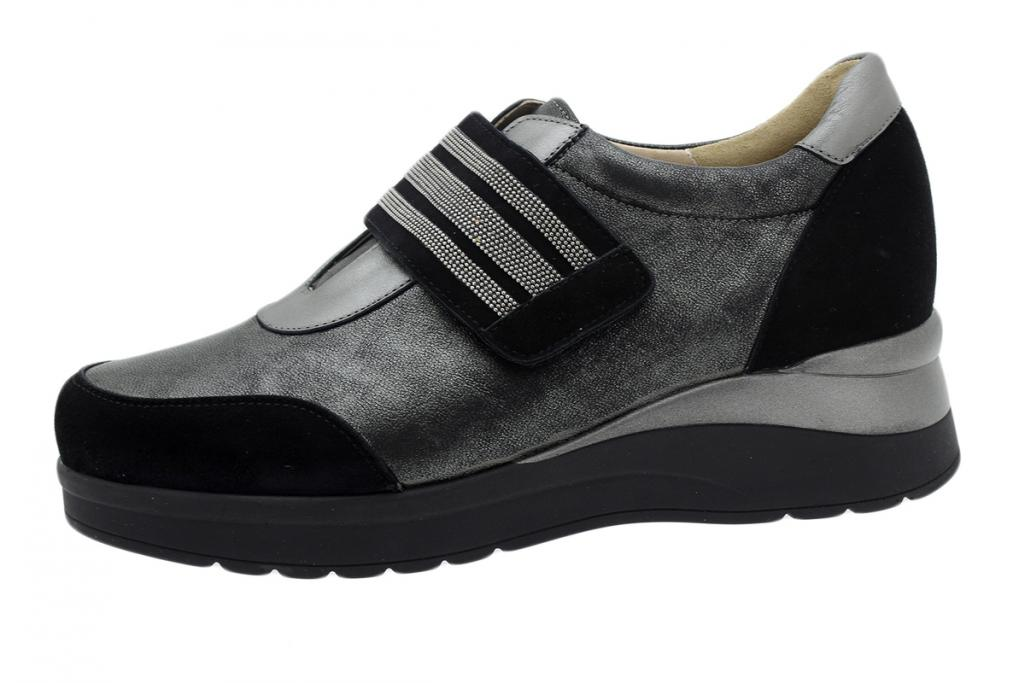 Velcro Shoe Black Suede 195752