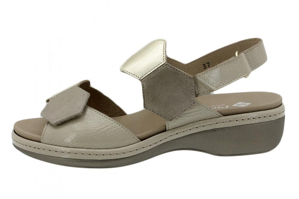 Removable Insole Sandal Sand Patent 200822