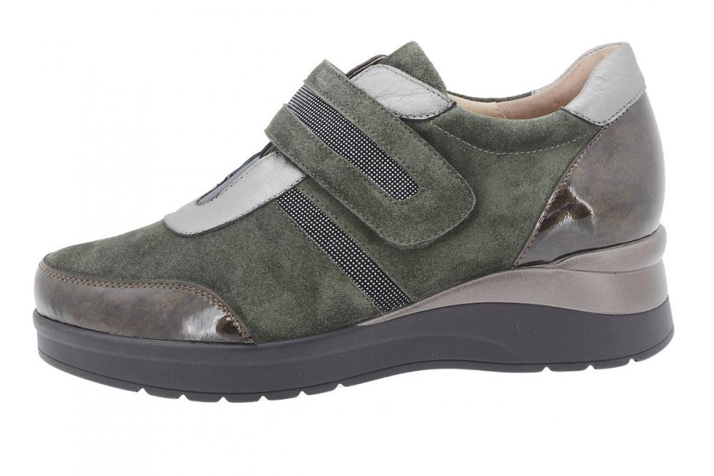 Velcro shoe Taupe Patent 205757