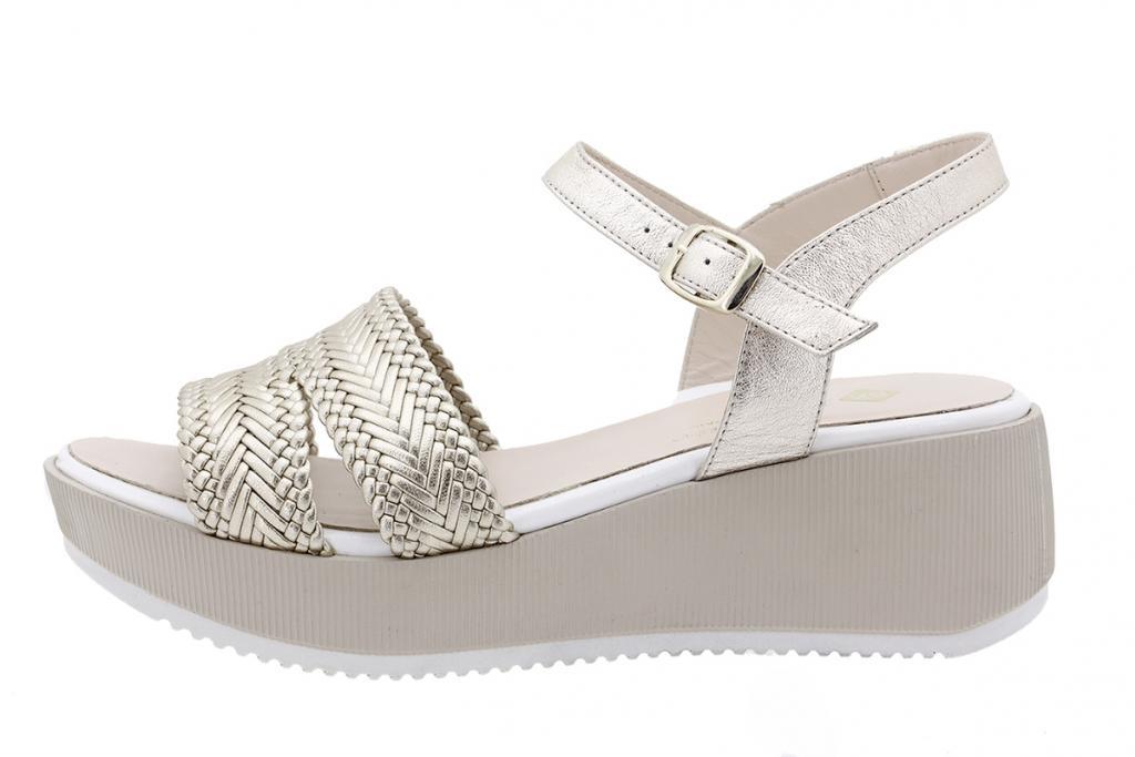 Wegde Sandal Platinum Interlaced 210357