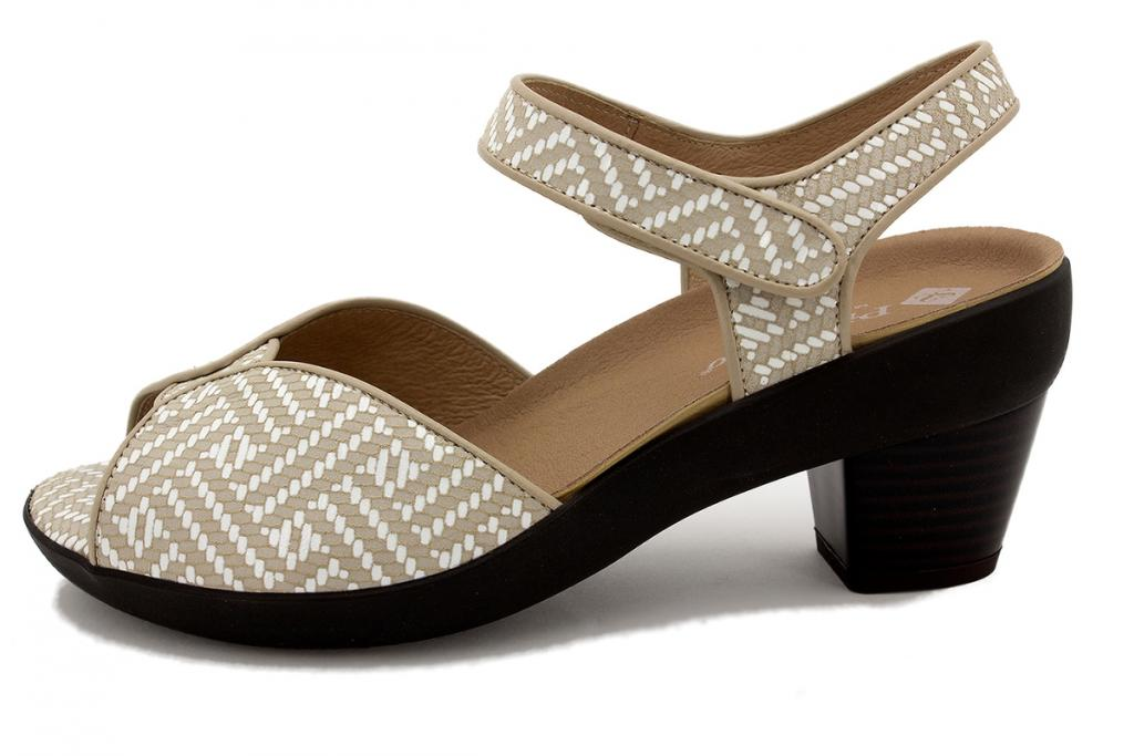 Removable Insole Sandal Sand Spike 210447