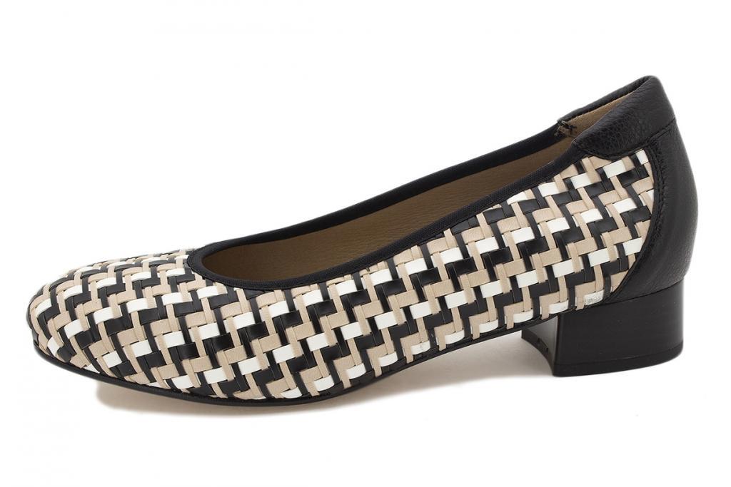 Flat shoe Nude Interlaced 210532