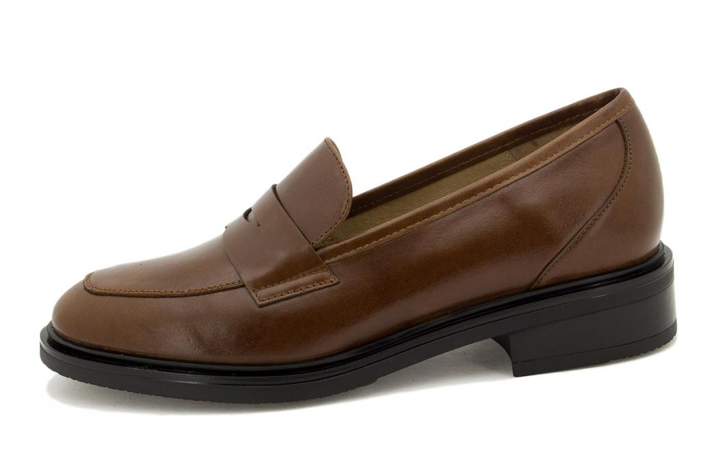 Moccasin Coffee Leather 215527