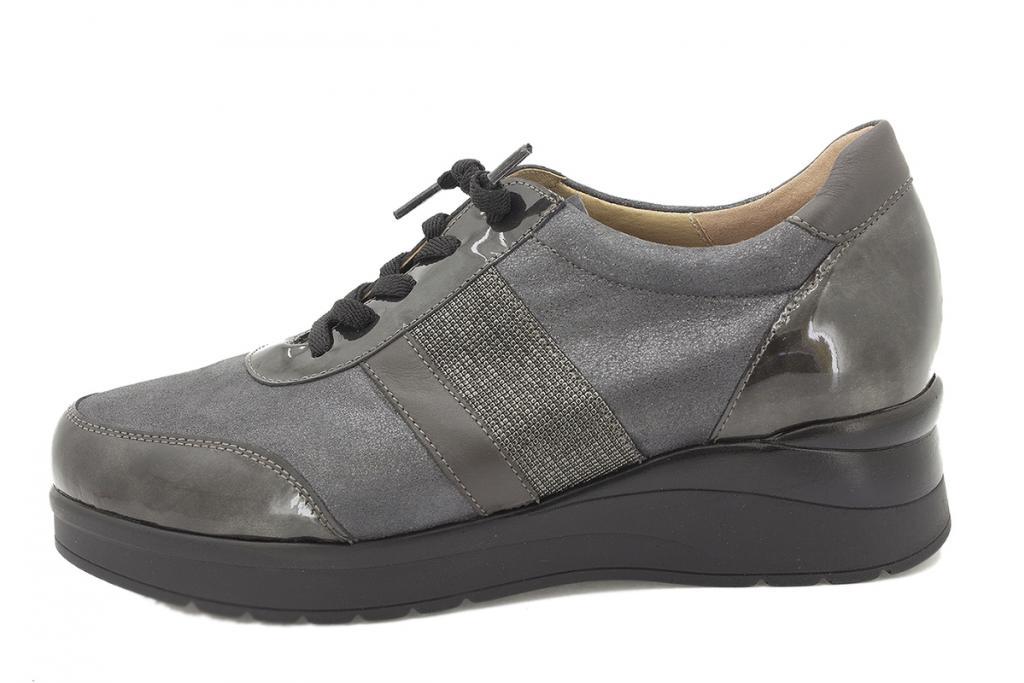 Lace-up shoe Grey Patent 215751
