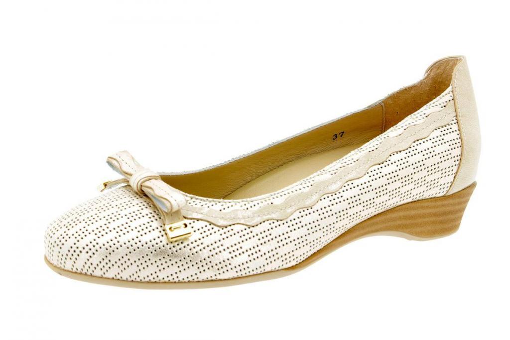 Flat shoe Patent Beige 4725