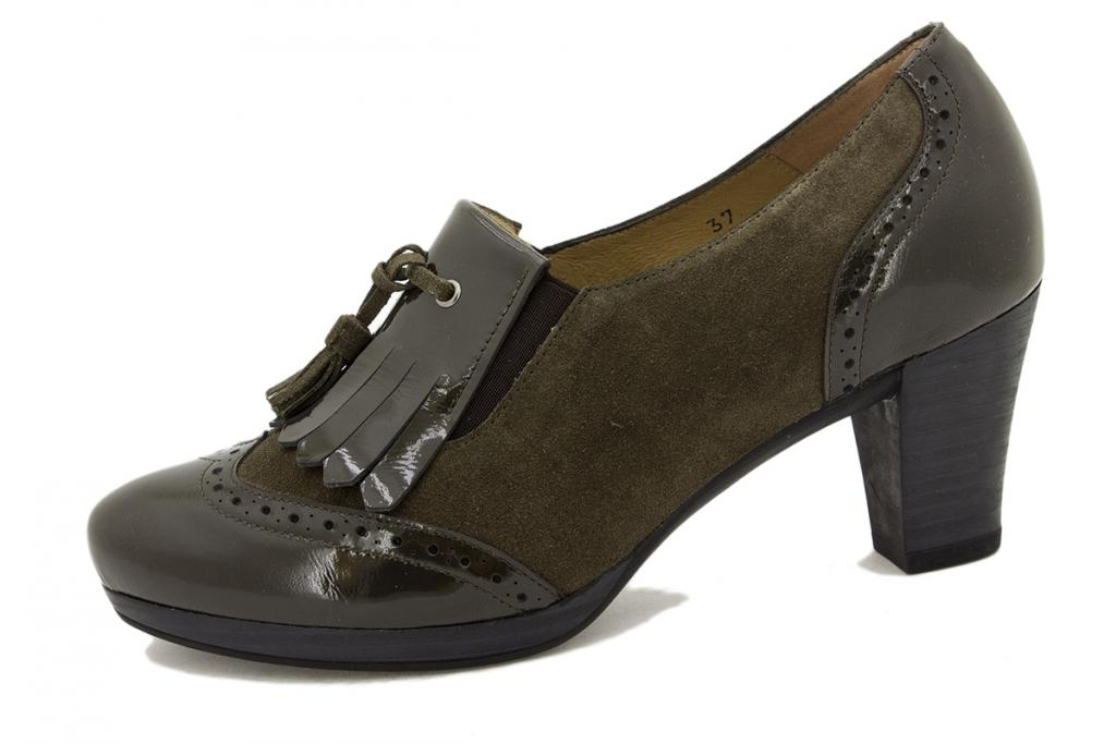 Bootee shoe Mud Patent 9310