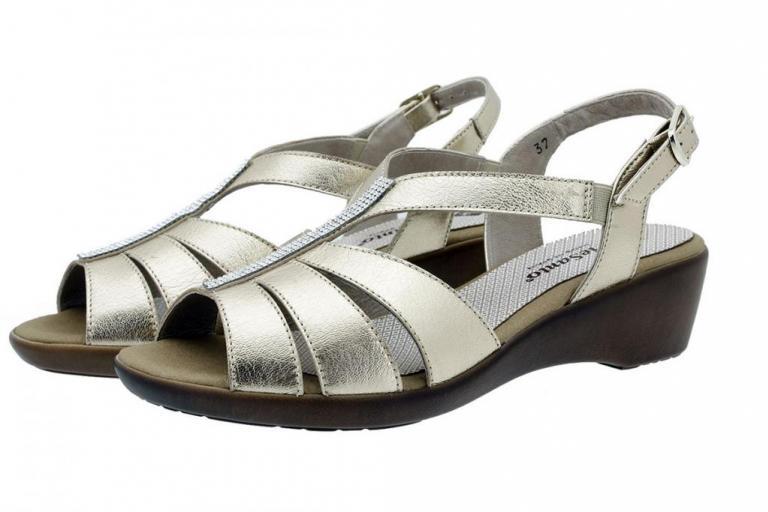 Wegde Sandal Platinum Metal Suede 180555