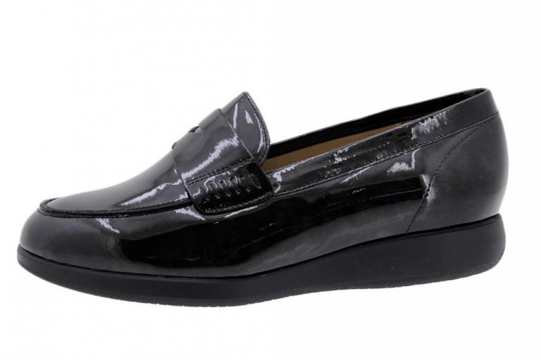 Moccasin Black Patent 185544
