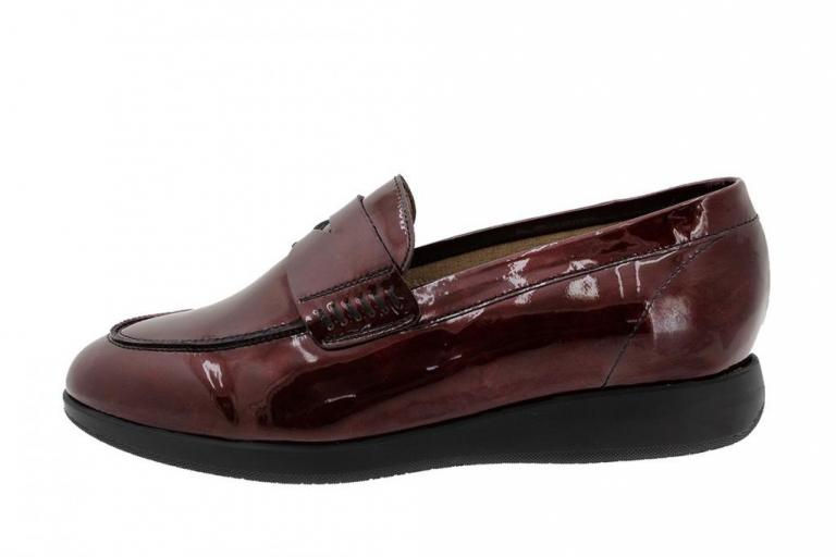 Moccasin Ruby Patent 185544