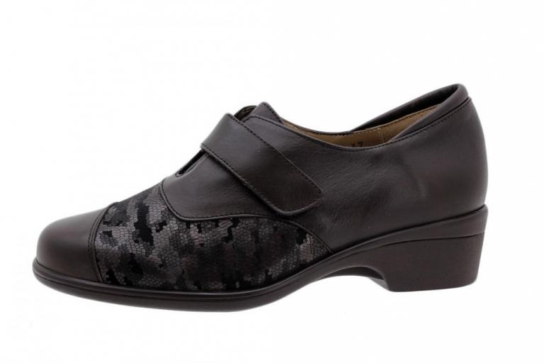 Stretch Shoe Brown Leather 185615
