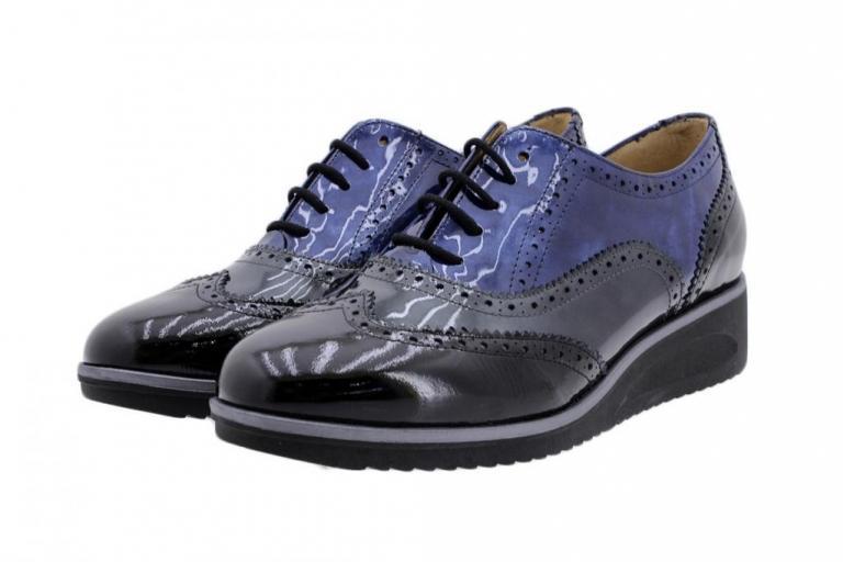 Lace-up Shoe Black Patent 9621